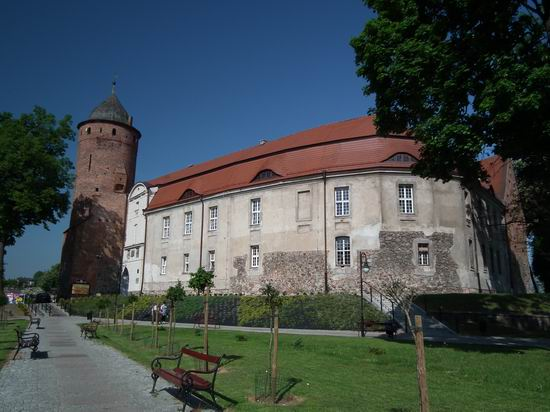 - zamek2012-1.jpg